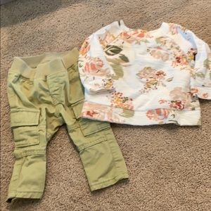 Baby girls gap outfit 3-6 month